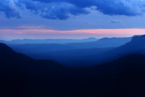 2059066-2-blue-mountains-sunset