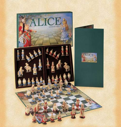 A145M-Alice-chess-set
