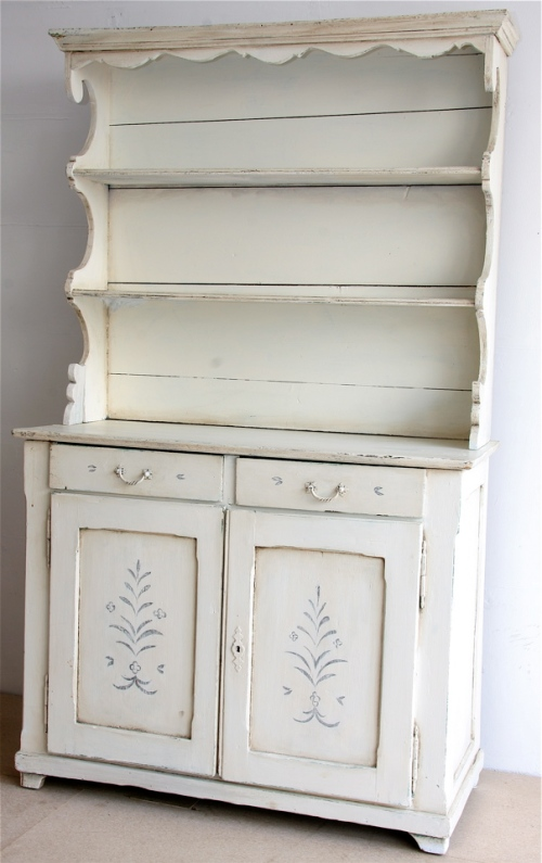 white handpainted dresser